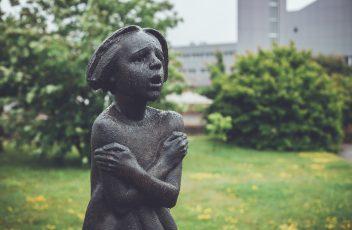 paminklas dingusiems vaikams4